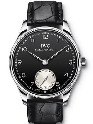 万国圣诞呈献柏涛菲诺对表   万国手表的误差标准